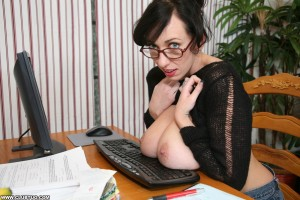 Alia Janine shows off her massive natural tits