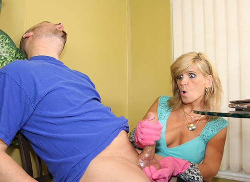 Crystal Jewels gives her stepson a quick handjob