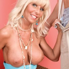 Stormy Lynne shows off her big bare tits