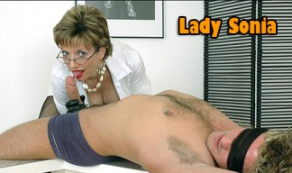 Lady Sonia gloved handjob