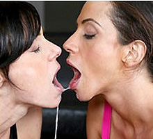 Ariella Ferrera swapping cum load with Kendra Lust
