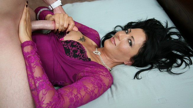 romeo sits on pornstar zoe holloways belly and gets handjob