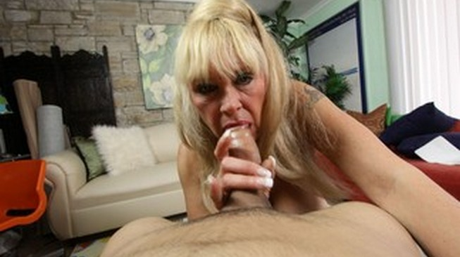 granny shelly licks his cock on clubtug