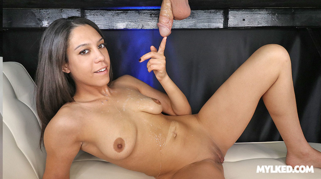 Amber Skye Porn
